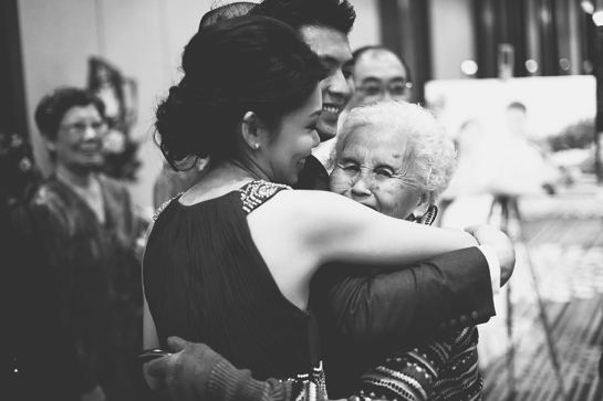 Singapore-Wedding-Bride-intimate-hug-with-grandmother
